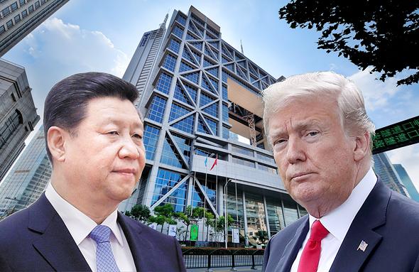 "מימין נשיא ארה""ב דונלד טראמפ ונשיא סין שי ג'ינפינג על רקע בורסת שנחאי"